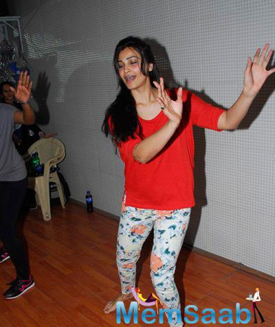Ravishing Daisy Shah Rehearsing To Perform At CCIL