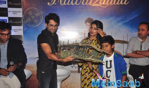 Ayushmann Khurrana,Pallavi Sharda And Child Actor Naman Jain Unveils The Trailer Of Their Upcoming Film Hawaizaada