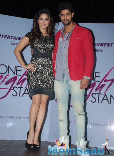 Sunny Leone And Tanuj Virwani Posed At Promotional Event Of One Night Stand