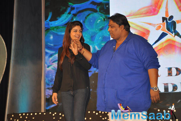 Raveena Tandon And Ganesh Acharya Entertained The Audience At Star Night Dance Event