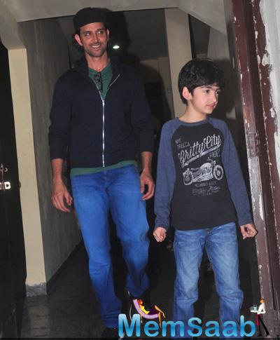 Hrithik Roshan Snapped With His Kid At Juhu PVR