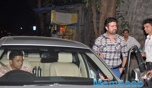 Bipasha Ex Boyfriend Harman Baweja Arrives At Bandra's Olive Restaurant