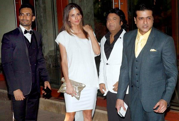 Asif Azim And Arman Kohli Arrived Sanjay Dutt Residence For The New Year Bash