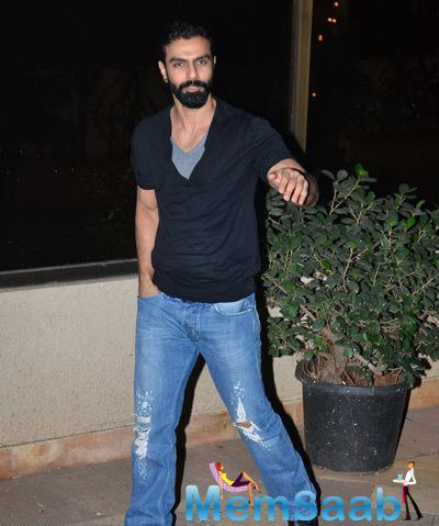 Ashmit Patel Celebrated New Year At Sanjay Dutt Bash