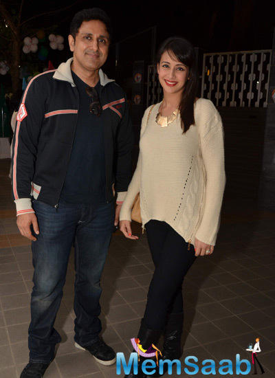 Parvin Dabas And Wife Preeti Jhangiani Posed At The Jamnabai Narsee School
