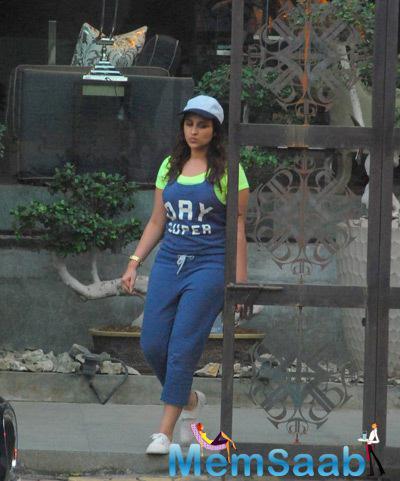 Parineeti Chopra Clicked At Sussanne Khan Store