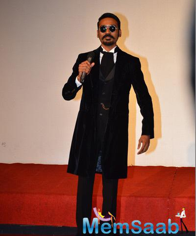 Dhanush Wore Full Black Suit For The Trailer Launch Of Shamitabh