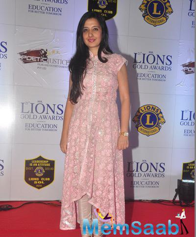 Amy Billimoria In Light Pink Dress Cool Look On Red Carpet At 21st Lions Gold Awards