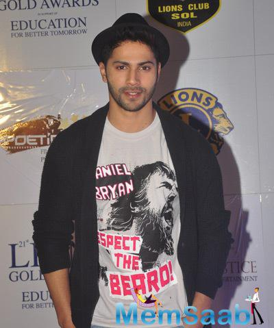 Varun Dhawan Handsome Look At 21st Lions Gold Awards