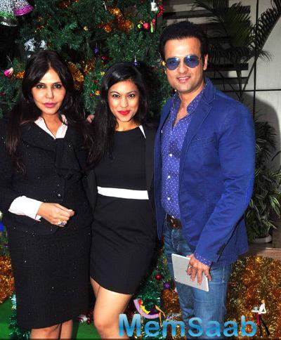 Nisha Jamvwal,Neha Premjee And Rohit Roy Spotted At Neha Premjee Book Launch