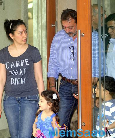 Sanjay Dutt Family Spotted To Receive Him From Yerwada Jail