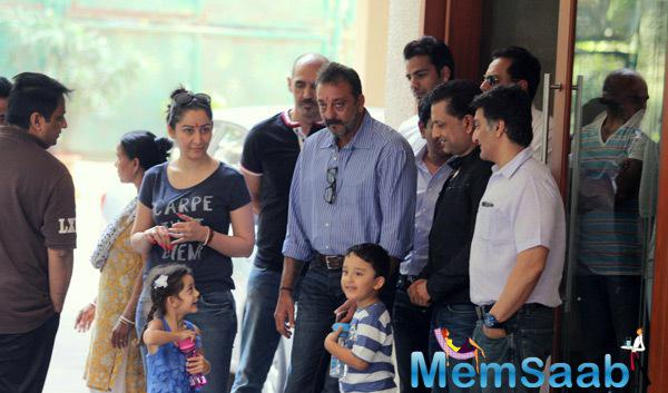 Sanjay Dutt Snapped Leaving For Yerwada Jail On Finishing Furlough