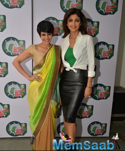 Mandira Bedi And Shilpa Shetty Strike A Pose For Camera During National Survey Event