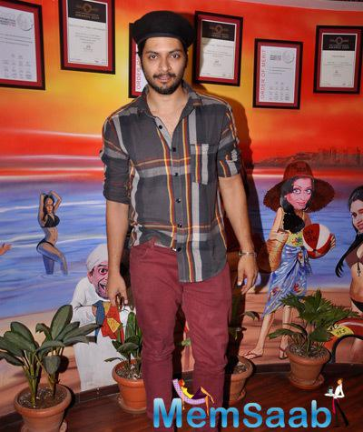 Ali Fazal Spotted At 93.5 Red FM For Khamoshiyan Promotion