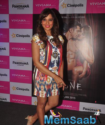 Black Beauty Bipasha Basu Gorgeous Look In Red Lippy During The Promotion Of Alone Movie