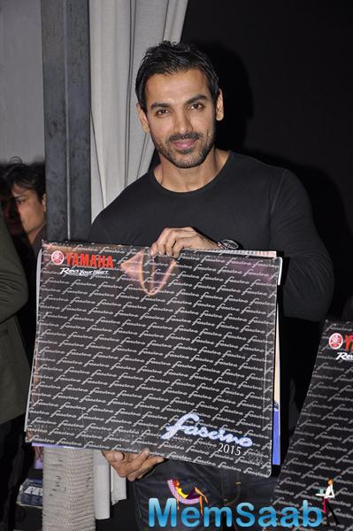 Bollywood's Handsome Hunk John Launches 'Yamaha Fascino' Calendar 2015