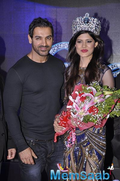 John Abraham With Miss Supranational 2014, Asha Bhat At The Calendar Launch Event