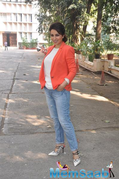 Tisca Chopra Pose During The Rahasya Media Meet