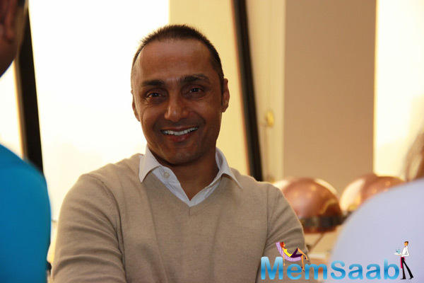 Rahul Bose Posing Lenses At SCMM Pasta Cooking Event