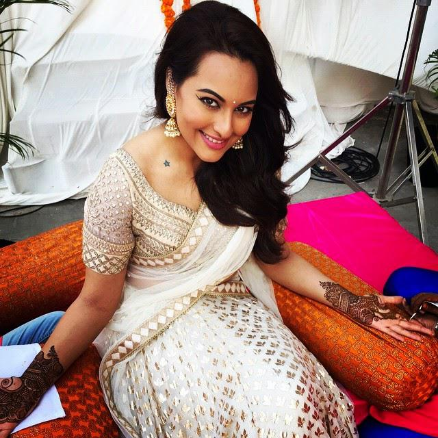 Sonakshi Sinha Looking Gorgeous In A White And Gold Anita Dongre Lehenga