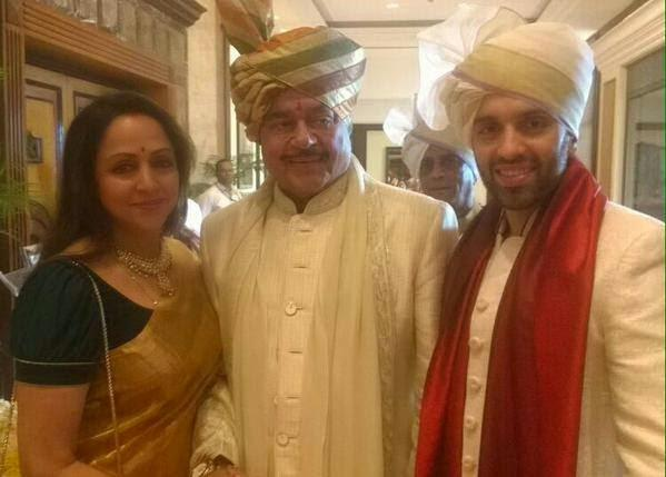 Hema Malini,Shatrughan Sinha And Luv Sinha Posed At Kush Sinha Wedding Ceremony