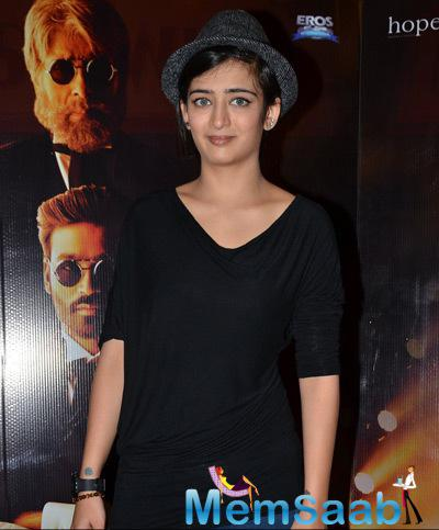 Akshara Haasan Snapped Posing Lenses At The Film Shamitabh Promotions