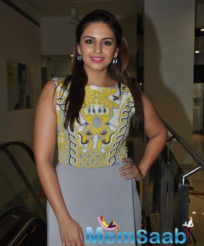 Huma Qureshi Looked Gorgeous In A Grey And Yellow Dress During The Launch