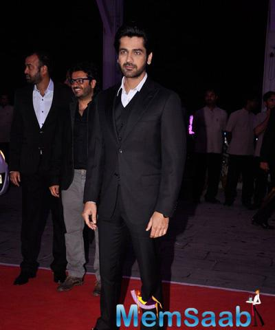 Arjan Bajwa Dashing Look At Kush Sinha Wedding Reception
