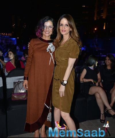 Adhuna Bhabani Akhtar And Sussanne Khan Posed For Camera At Good Homes Awards 2014
