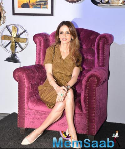Sussanne Khan Dazzling Beautiful Look At Good Homes Awards 2014