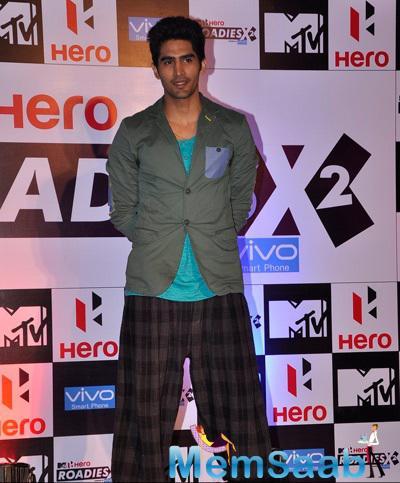 Indian Olympic Boxer Vijender Singh Posed For Camera At MTV Hero Roadies X2 Press Meet