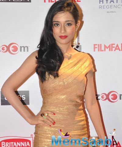 Amrita Rao Stunning Look In Golden Dress At 60th Britannia Filmfare Pre-Awards Night Bash