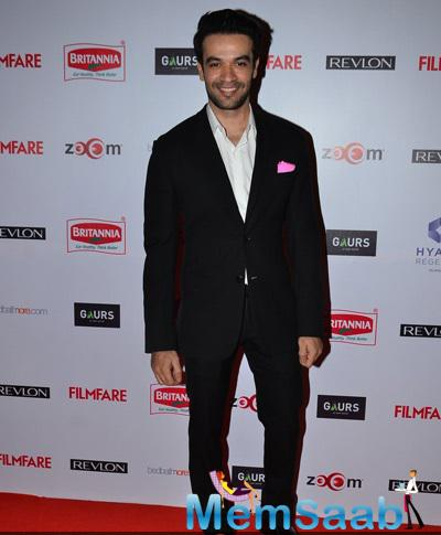 Punit Malhotra Flashes Smile On Red Carpet At 60th Britannia Filmfare Pre-Awards Night Bash