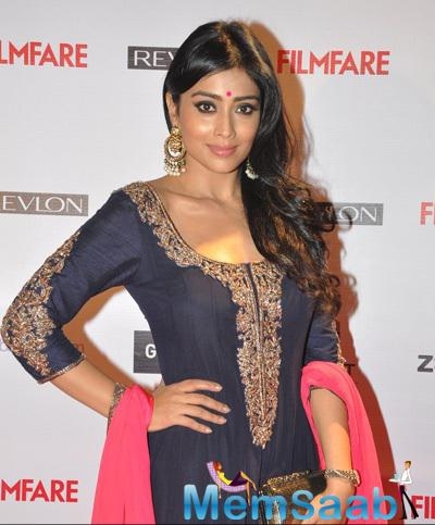 Shreya Saran In Manish Malhotra Dress Traditional Beautiful Look At 60th Britannia Filmfare Pre-Awards Night Bash