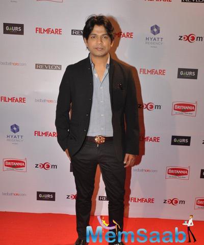 Singer Ankit Tiwari Posed For Camera On Red Carpet At 60th Britannia Filmfare Pre-Awards Night Bash