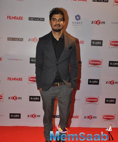 Tahir Bhasin Posed On Red Carpet At 60th Britannia Filmfare Pre-Awards Night Bash