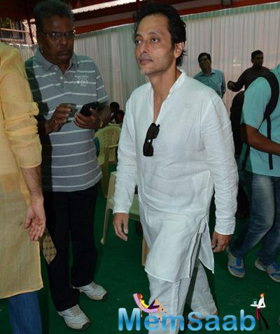 Sujoy Ghosh Simple Look On The Eve Of Saraswati Puja At Anurag Basu Residence