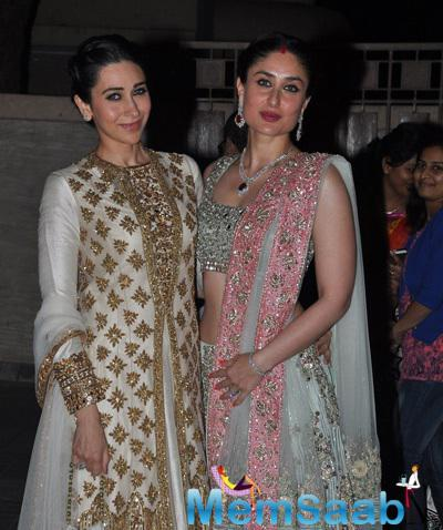 Karisma Kapoor And Sister Kareena Kapoor Posed At Soha Ali Khan And Kunal Khemu Wedding Party