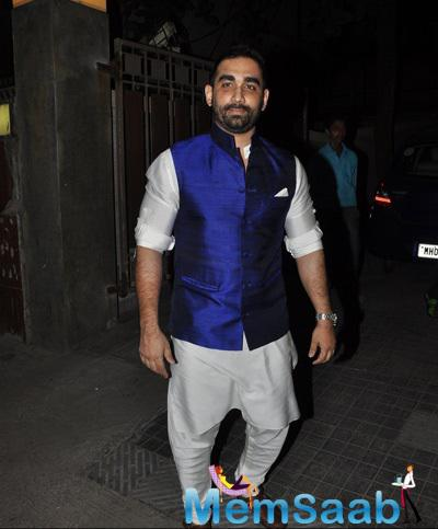 Kunal Deshmukh Arrived At Soha Ali Khan And Kunal Khemu Wedding Party