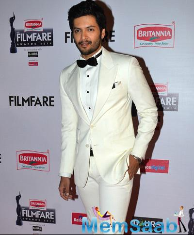 Ali Fazal Strikes A Pose For Camera At 60th Britannia Filmfare Awards 2015