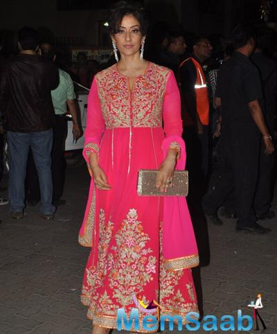 Manisha Koirala Arrived At 60th Britannia Filmfare Awards 2015