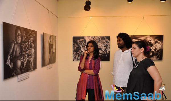 Nandita Das Show The Picture During Photography Exhibition By Sami Siva