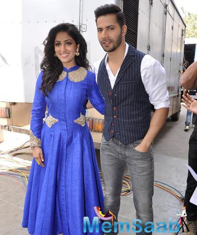 Varun And Yami Look Stunning At Sa Re Ga Ma Pa Li'l Champs Set