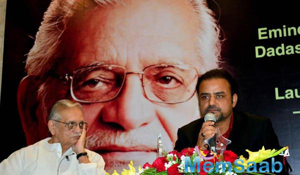 Gulzar During The Launch Of Ghalib And Gulzar A Painting Series