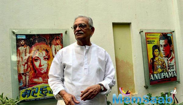 Gulzar Spotted At His Painting Series Launch Event By Shahid Rassam