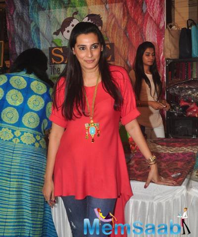 Mana Shetty Hosted The Araaish Exhibition 2015