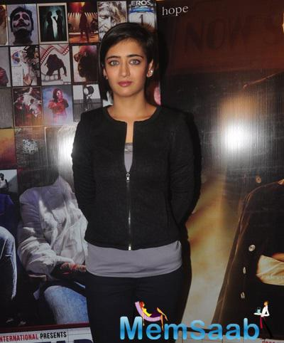 Akshara Haasan Dazzling Look During The Promotion Of Shamitabh Movie At Mehboob Studio