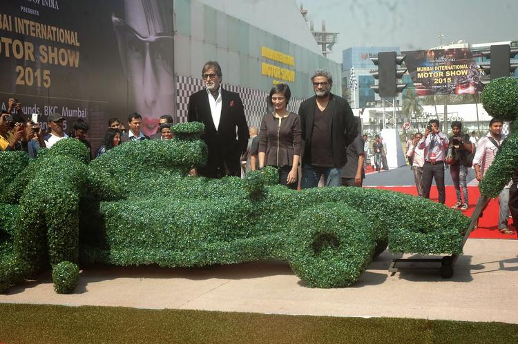Shamitabh Cast Promote Their Movie During The Opening Ceremony Of MIMS 2015