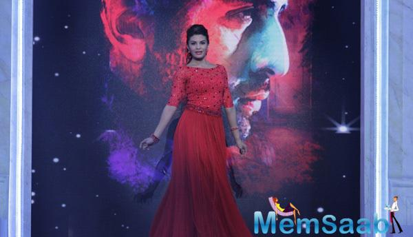 Jacqueline Fernandez Looked Gorgeous In Her Red Long Gown At Star Valentine Day Event