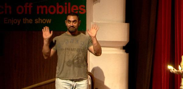 Aamir Khan Stands Against Corruption With The Youth For Governance 2015